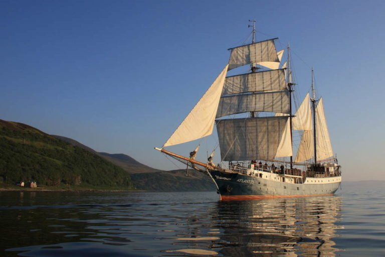 1533019544-tallship-atlantis-home11